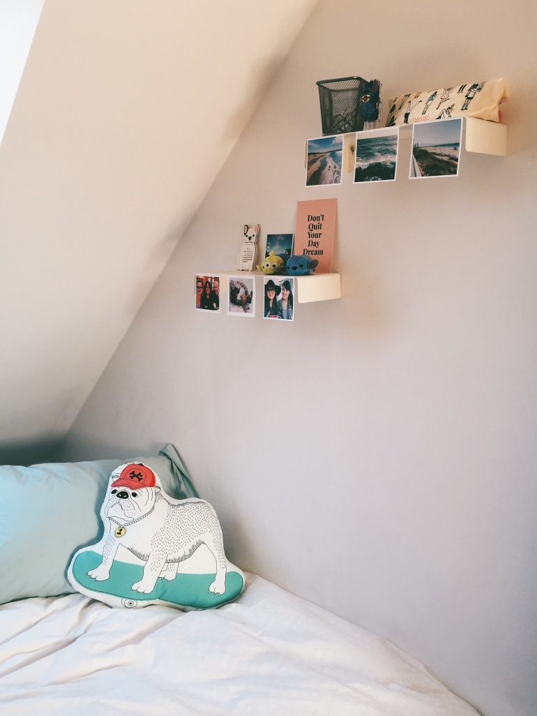Room right side