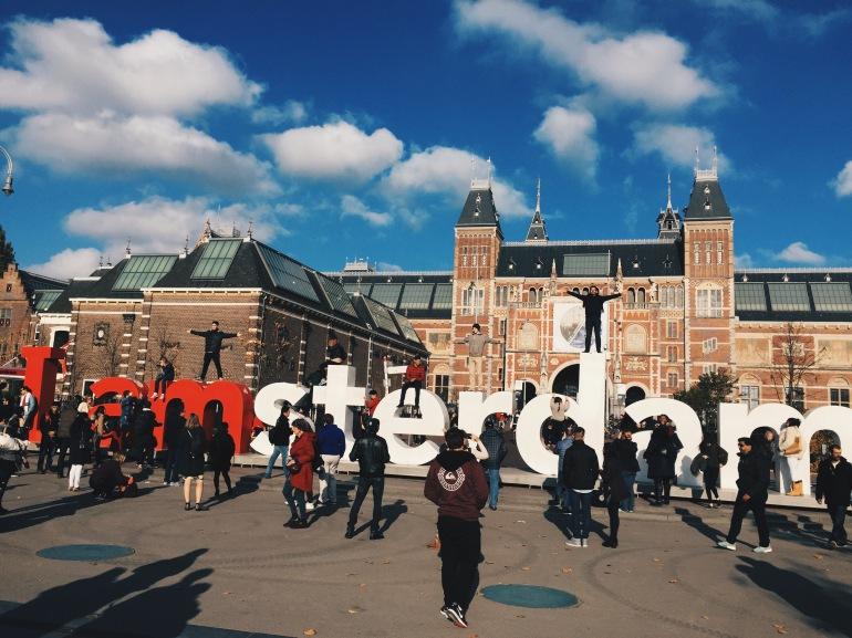 I amsterdam crowds