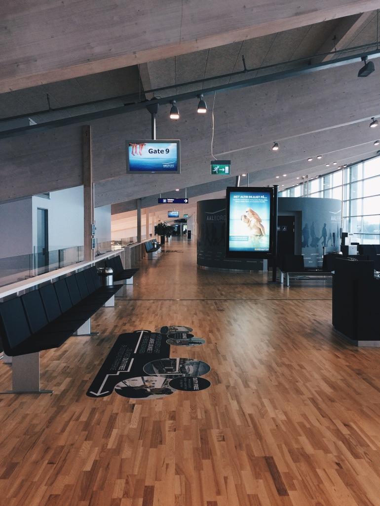 Zombie apocalypse airport