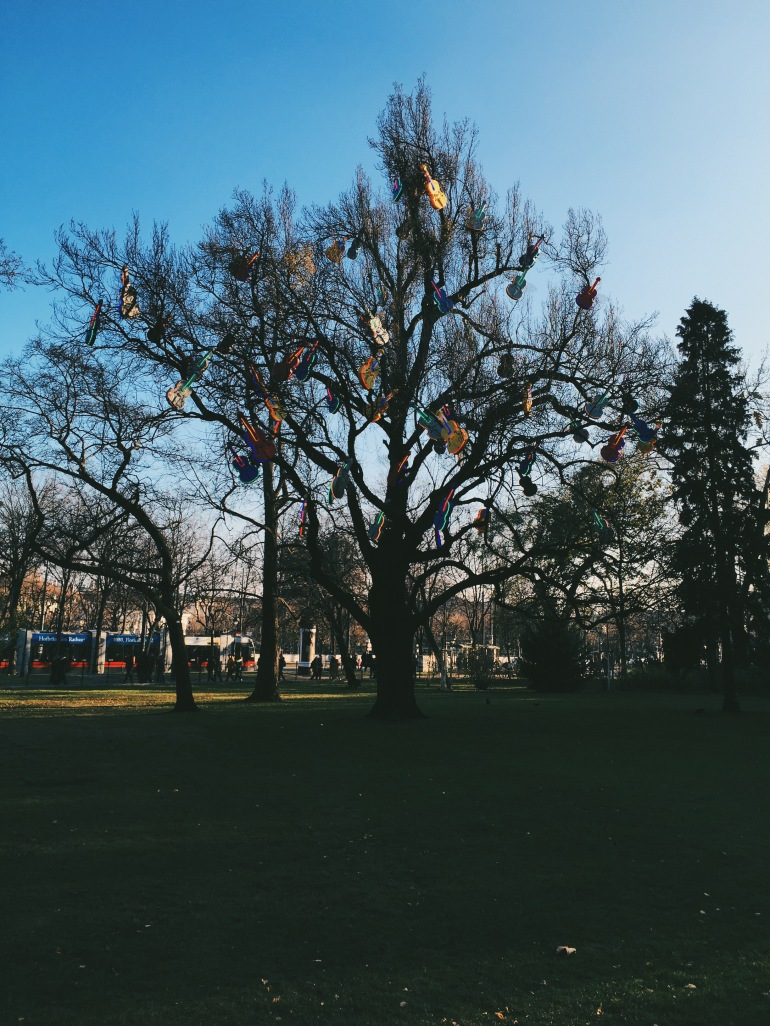Violin trees