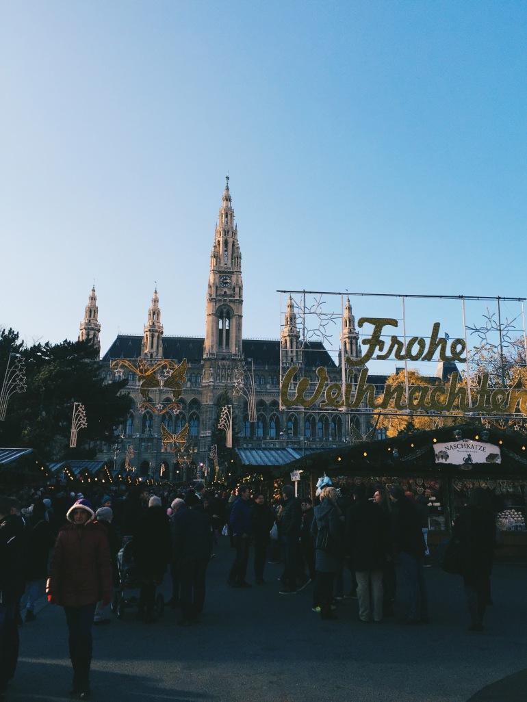 Rathaus + Christmas market