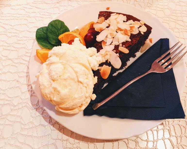 Camelot Cafe dessert