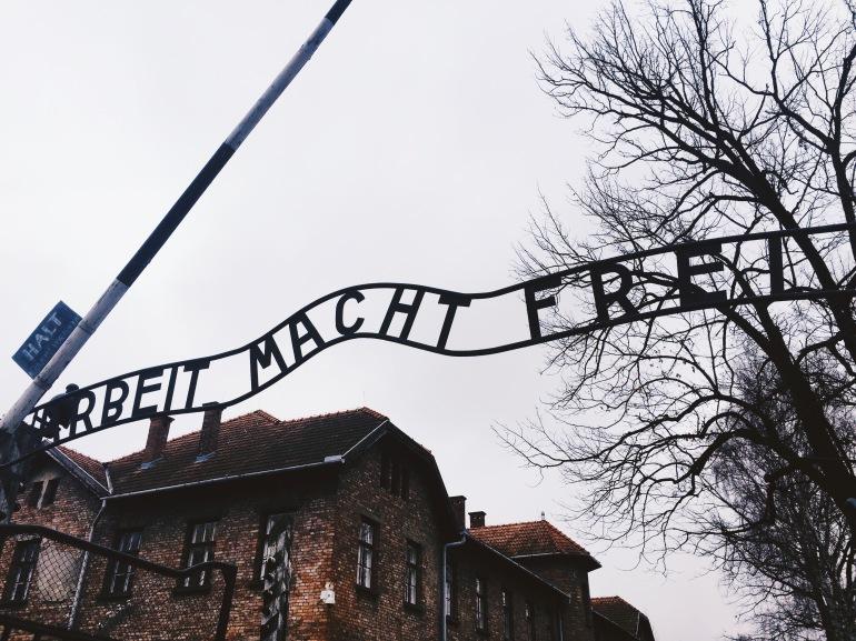 Auschwitz - arbeit macht frei