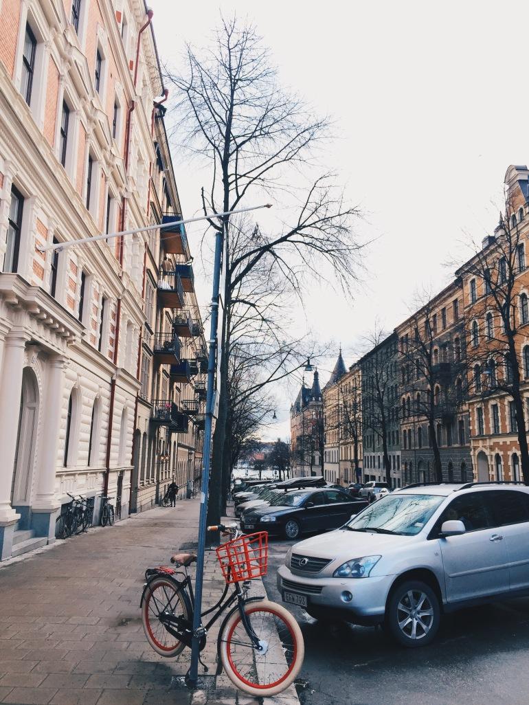 Wanderings - solo bike parking