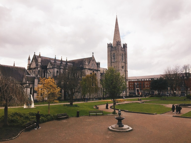 Touristing - St. Patrick's Cathedral