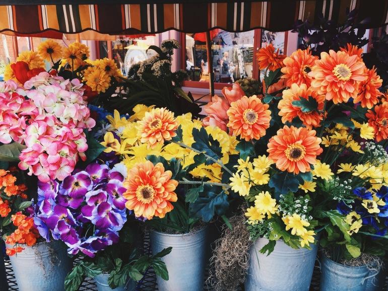 Universal flowers