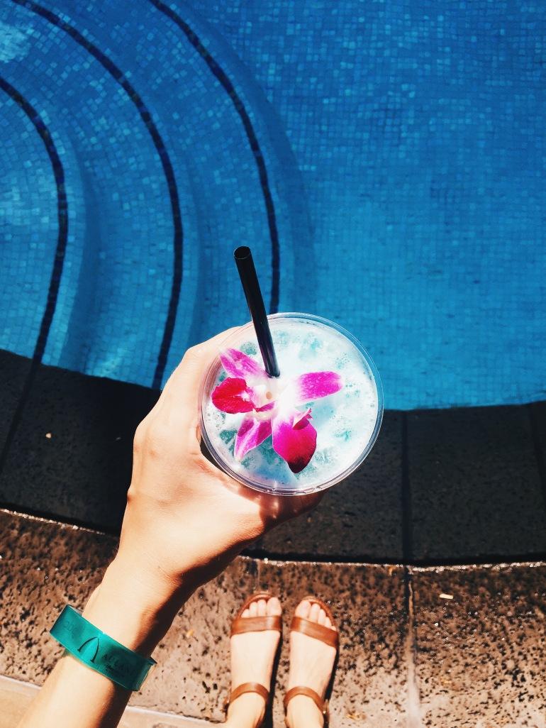 Aulani - blue drink