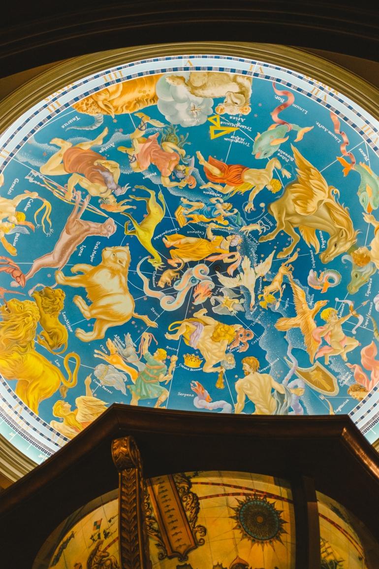 Tokyo DisneySea - Magellan's ceiling