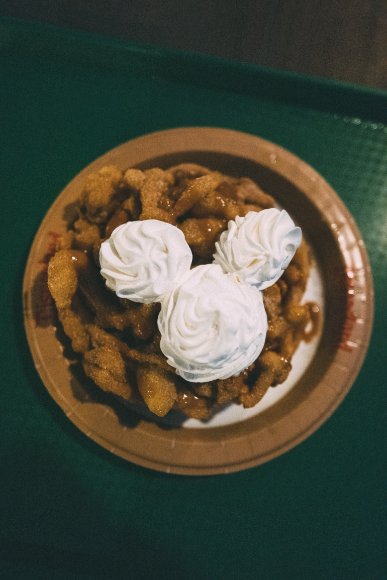 Churro funnel cake