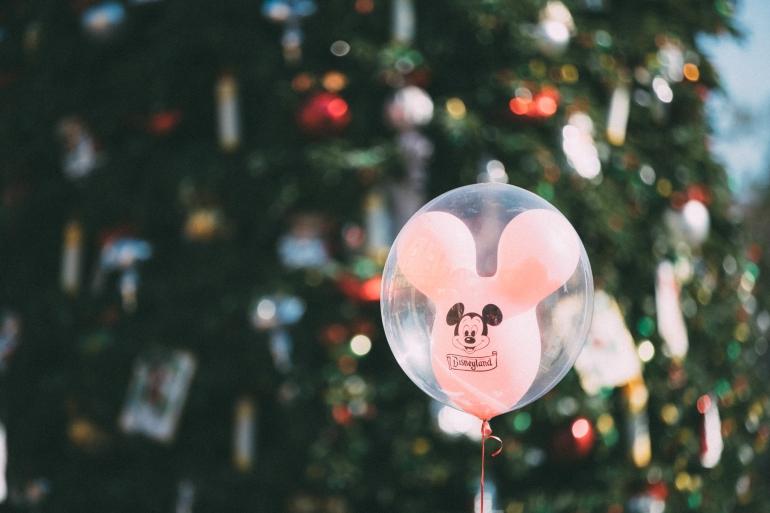 Mickey 90 - balloonstalking